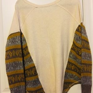 Free People Sweaters - SOLD.    Free People Pullover
